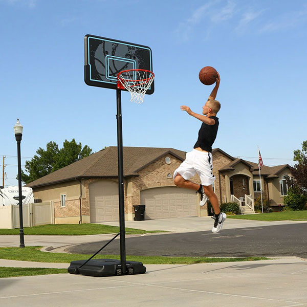 Giá trụ bóng rổ