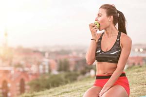 Ăn xong nên làm gì để bụng không to và tránh bị tích mỡ bụng?